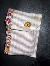 Shirt I Pod Cover, or Purse: www.creativewithkids.com/recycled-shirts-into-purses/