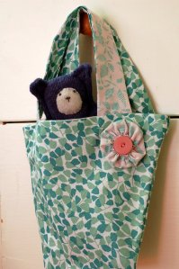 Children's bucket bag